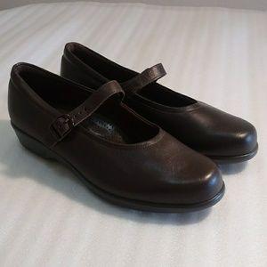 SAS Maria Tripad Diabetic shoes size 9.5M
